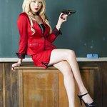 "RT @kor_celebrities: 元KARAの知英(ジヨン、20)が来年3月21日公開の映画「暗殺教室」で銀幕デビューする。""ビッチ先生""役で色仕掛けも http://t.co/LFzNwqVhXh http://t.co/Gh0ybamLr1"