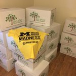 RT @UmichStudents: The @MaizeNightMad t-shirts came in today! Major props to my friend who unloaded all of these boxes on his own. #MNM http://t.co/TaTETo7H76