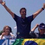 Aécio pode andar nas ruas, nas praças, nos estádios! #AecioPeloBR45SIL http://t.co/GYJG0kInPh