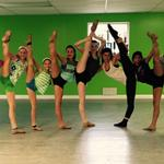 RT @CincyDance: A few of our Intermediate Technique dancers with Lauren! #tilttuesday #sorryifyougotcroppedout http://t.co/tPCfZh1QWy
