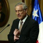 RT @biobio: Embajadores no podrán opinar sobre política interna según instructivo de Cancillería http://t.co/6cJIgSDTFO http://t.co/jYC3rKEdMu