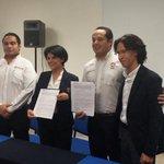 RT @ZOFEMATBJ: Firma del convenio de colaboración con la universidad @UNID_Cun @betoborge @PaulCarrillo2 @mariscalje @elplayense http://t.co/gYVNqjFPNM