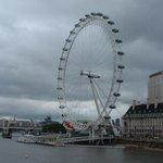 #ThingsLongerThanOscarsSentence- number of blue sky days in a London summer . We #StillLoveYouNoMatterWhat Sweetheart http://t.co/2zxP0oemSo