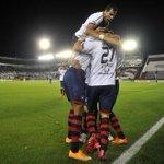 """""""@hoypy: La Fortaleza no es de Lanús. Es de Cerro Porteño! http://t.co/LnaPgGz7er http://t.co/OYU6LJEEXv"""""""