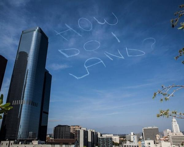 Comedian Kurt Braunohler hired a sky writer to do this over LA http://t.co/Ts9a3xDTog
