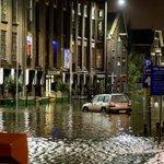 #Herfststorm: overlast door hoogwater in regio Rotterdam http://t.co/LLoZIocsSr http://t.co/1fTUCd1y28