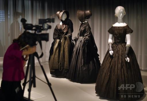 喪服の展覧会、米メトロポリタン美術館で開催 http://t.co/FbDARMYTFR : Photo http://t.co/ywJXuZilw1