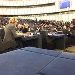 RT @Senficon: Vorstellung der designierten Europäischen Kommission im Parlament. ECR größtenteils abwesend. http://t.co/MFARZgpD0b