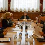 Депутаты @Ivoblduma рассмотрели изменения в законодательство о местном самоуправлении http://t.co/UdTbMvkbOA http://t.co/m64fC2XH0t