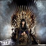 RT @Scifislasher: @KseniaSolo #Kenzi looks great sitting on the iron throne from GameOfThrones http://t.co/FlwWMKbofs