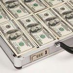 RT @dniru: Деньги с офшоров вернутся в Россию. Госдума уже рассматривает соответствующий законопроект. http://t.co/tpPLx1yr2d http://t.co/OvkBjAXa8g