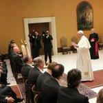 Mehr zur Privat-Audienz des #FCBayern bei Papst Franziskus gibts hier: http://t.co/i0YOpCrBMV http://t.co/dtzrbGOoK7