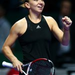 RT @WTA: Simona Halep shocks World No.1 Serena Williams 60 62! Improves to 2-0 in #WTAFinals Red Group! http://t.co/CcoqWFVm66 http://t.co/w2EhNXgCha