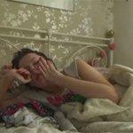 """""""@g1: Jovem com síndrome da Bela Adormecida dorme 22 h por dia http://t.co/jP4zc1dSD8 #G1 http://t.co/OFRIkRPQIq"""" EU?"""