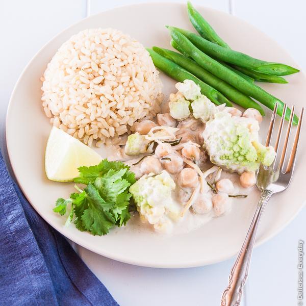 {new #recipe} Fragrant coconut poached romanesco & chickpeas http://t.co/hQzXOORRkN #vegan http://t.co/QD1Fj46TQ6