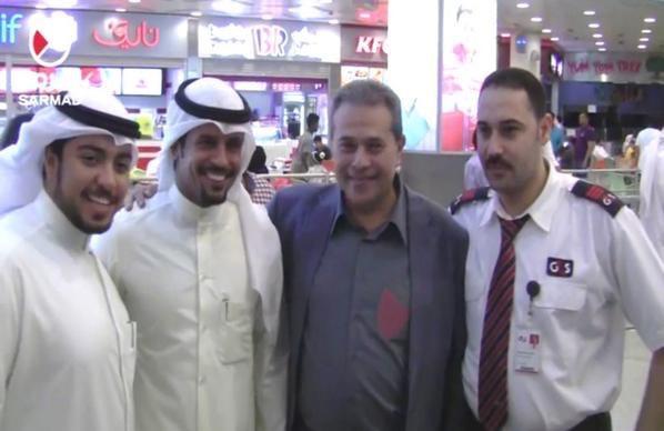 النجس الحاقد توفيق عكاشة امتلأ النت بفيديواته وهو يشتم #الكويت وأهلها ثم يُستقبل بالمطار وكأنه بطل ولم يبصق بوجهه أحد http://t.co/EX6UApD8Ku