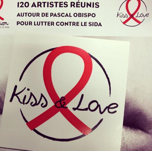 Skyrock  (@SkyrockOfficiel): 120 artistes réunis pour lutter contre le sida avec l'album #KissandLove. A se procurer dès le 3 novembre #Sidaction http://t.co/7zHdOO2YaE