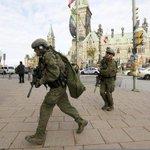 Pour suivre ce quil se passe à #Ottawa, après la fusillade dans le Parlement : http://t.co/T1sSxs7u3G // http://t.co/StoEMlWWyH