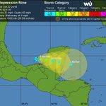 RT @SkyAlertStorm: La depresión tropical 9 permanece inmóvil frente a Tabasco, su organización es regular aunque se espera sea TTropical http://t.co/CS8bjeNw2j