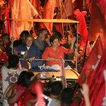 RT @Estadao: TSE pune Dilma por vídeo em que Lula chama Aécio de filhinho de papai http://t.co/uyaf59VfCT http://t.co/ixCeLwpFQV