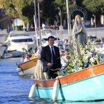 """RT @Nicolasreviens: """"La religion doit rester à la maison"""". Nicolas Sarkozy à #Nice06 http://t.co/cOXZmO7nae"""