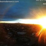 RT @webcamsdemexico: Imagen del hermoso amanecer de hoy en #Guadalajara #Jalisco. Vía @fiestamericana: http://t.co/XQD454Lo8E