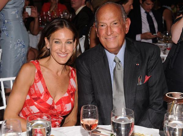 Remembering Oscar de la Renta: Sarah Jessica Parker, Laura Bush & more stars pay tribute.