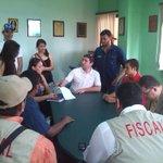 Estamos reunidos con las autoridades del SUNDDE Barinas, exigiendo respuestas. http://t.co/k0KRIe5ecW