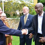 RT @newvisionwire: U.S commends Uganda over Peace Corps program;http://t.co/m9IFhciCzn @usmissionuganda #NewVision http://t.co/WVDK0nDXOL