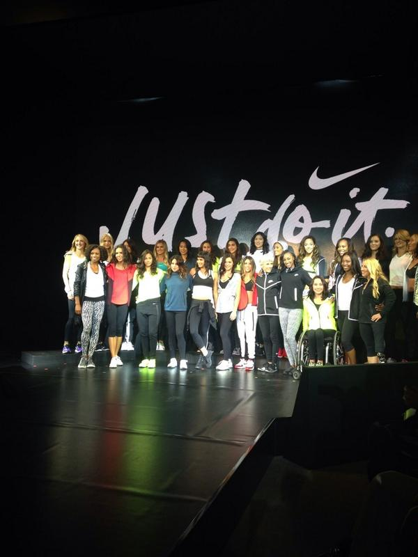 RT @LisaDoesFashion: Some of the female athletes at #nike conference. #nyc#paularadcliffe far left http://t.co/LiCfGAd8ki