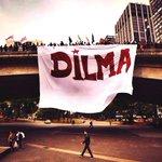 RT @JPT13: São Paulo continua na mobilização! Olha q lindo hoje no Viaduto do Chá! #13rasilTodoComDilma #QueroDilmaTreze http://t.co/7IJwMTgAeT