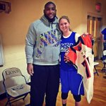 RT @AthleteSwag: Devon Still met and exchanged jerseys with Lauren Hill, who's battling brain cancer http://t.co/ge8AWCGFzr