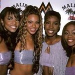 """RT @TomoReeves: """"@MrCharlieTweets: Look how good the Mobos used to be http://t.co/iUVaemeCrN"""" What happened to the MOBOs though"""