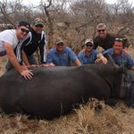 RT @WildconEvents: Thanks for helping protect rhino 'hands-on' with @WildconEvents - @markb46 @kp24 @GraemeSmith49 @jacqueskallis75 http://…