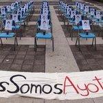 """""""@koskita: #TROPA #TodosSomosAyotzinapa Más de 100 escuelas, facultades y universidades en paro de 48 horas http://t.co/LDWnrgzzgb"""""""