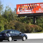 Did ya see the billboard with #Vols football players from #Nashville on I-40 http://t.co/o3K3UkuEKL @tnsports http://t.co/mO2xZjMn88