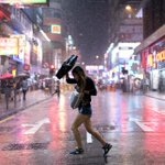 RT @Alex_Ogle: Mongkok in the night time with the neon and the rain @AFP http://t.co/sQ3vhd24OJ