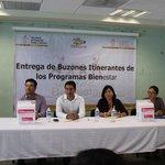 Encabeza Srio Alejandro López Jarquín entrega de buzones itinerantes de programas #Bienestar @GabinoCue @GobOax http://t.co/ekhg5HwXYn