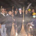With the SMC team cleaning up flood hit Srinagar cc @beingsalmankhan http://t.co/rsqJv6CUhF