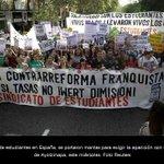 RT @lajornadaonline: Así marchan estudiantes y padres en #Iguala por #NormalistasDeAyotzinapa -> http://t.co/GJcA2atBnK http://t.co/aPGdxehFd9