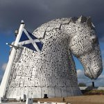 END OF DAY PIC: RT @scottishcanals: Great to see @HelixFalkirk win #saltirecivils award! http://t.co/hoOMPeEFpk <look how lovely Falkirk is