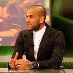 El jugador @DaniAlvesD2 explicaba ayer sus sensaciones sobre el Clásico http://t.co/pC5KJutesU http://t.co/MUejRT82wM