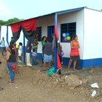 Afectados por lluvias en Rivas retornan a sus nuevos hogares #Nicaragua http://t.co/oAMOmnHWOK http://t.co/QPcW0wPpWQ