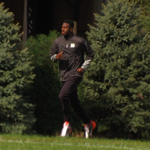 AJ Green jogging on the side today at PBS @wcpo #Bengals http://t.co/PDJ4KTkgY1