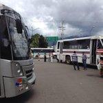 Sin novedad en Oaxaca, bloqueos todos los días, ven a vivirlos! Así debería ser la campaña. F: @hugovelasco18 #Oaxaca http://t.co/taHHDM0sD1