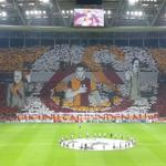 Galatasaray taraftarından müthiş bir koreografi şov daha.. http://t.co/iGWeIU6zdB