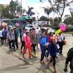 RT @periodicoam: #LOCAL Normalistas de León marchan por justicia para estudiantes de Ayotzinapa http://t.co/rt5g3Kuym2 http://t.co/IRTyiafdGI