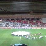 Le mini-tifo des supporters de Monaco ce soir face au Benfica... #LDCLiveCamp http://t.co/m3G1jRXI4Q