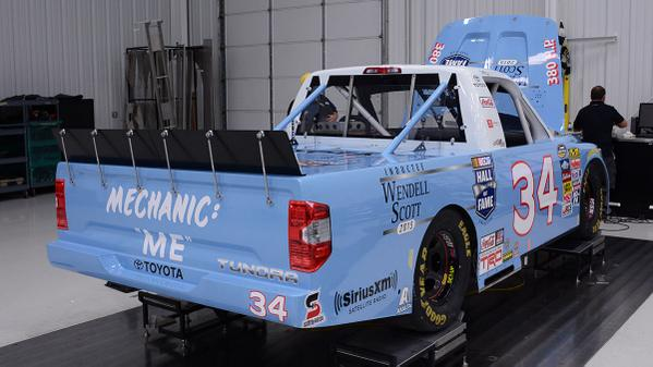 How could you not retweet this awesome looking #WendellScott @NASCARHall Tundra that @BubbaWallace will drive! http://t.co/HFup7YDqGr