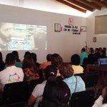 """Conferencia """"Viviendo en paz con mis pérdidas"""" @manecue @corazonrosaAC @GobOax #Oaxaca #LuchaVsCáncerDeMama http://t.co/sPXrEgs60T"""